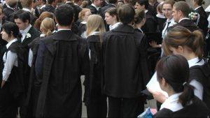 تعداد زنان پذیرفته شده در دانشگاه آکسفورد