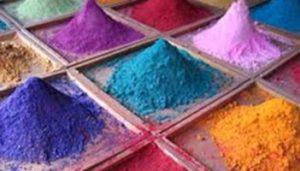 رنگرزی مواد اولیه فرش با گیاهان