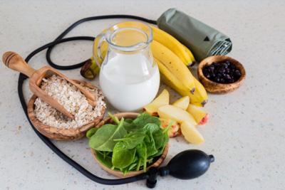غذاهایی که فشار خون را تنظیم می کند کدامند؟