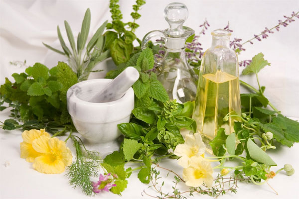 نکاتی درباره عرقیات گیاهی