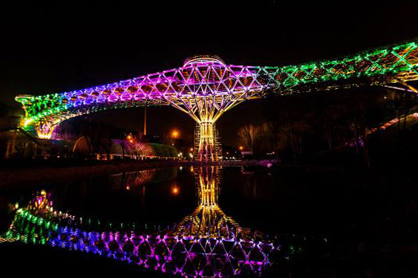 آشنایی با پل زیبای طبیعت تهران