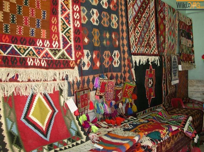 کسب رتبه نخست عشایر آذربایجان غربی در زمینه تولید صنایع دستی