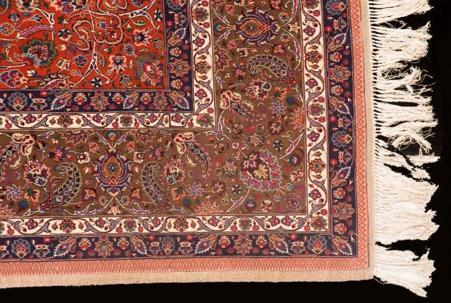 عباسقلی صابر تولید کننده بنام فرش مشهد