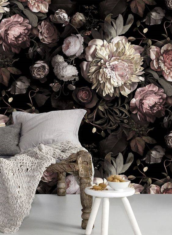 کاغذ دیواری گل درشت در دکوراسیون