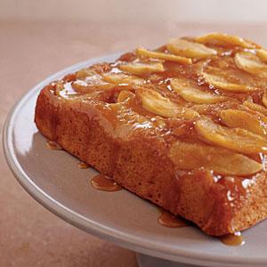 دستور پخت رول کاراملی پای سیب