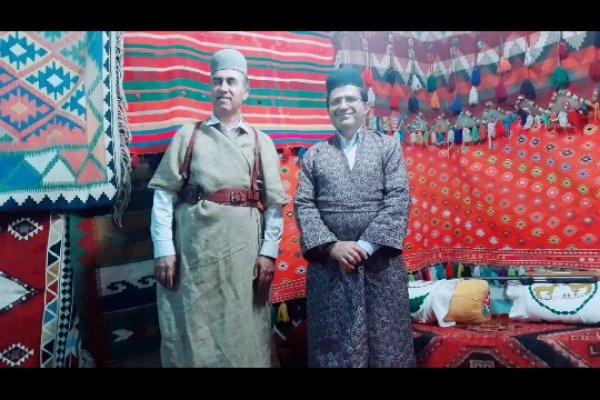 افتتاح نمایشگاه صنایع دستی و سوغات محلی در پارک آبشار یاسوج