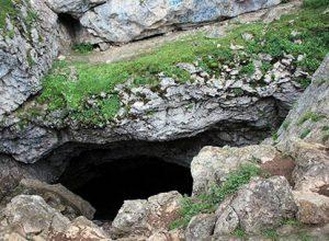 غار درفک یکی از زیبایی های استان گیلان